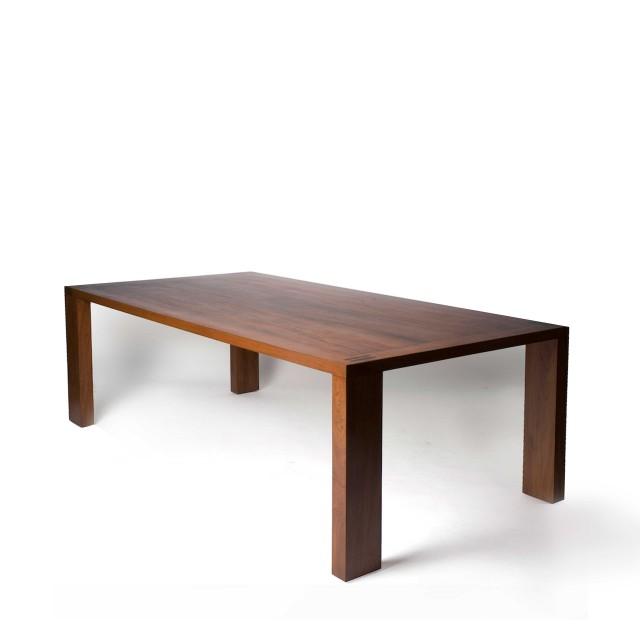 corova dining table