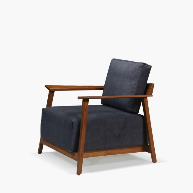 recluse armchair