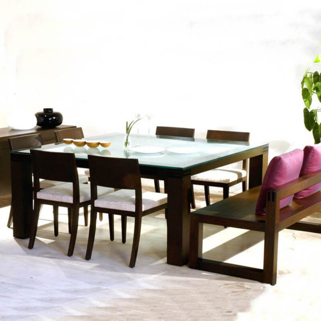tzar dining table