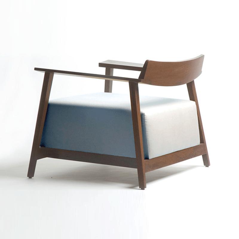 recluse armchairs